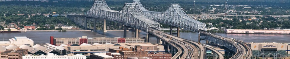 lousiana-new-orleans-conention-center-bridge